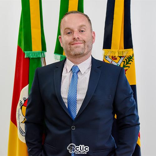 Douglas Portela Perin (PSDB)