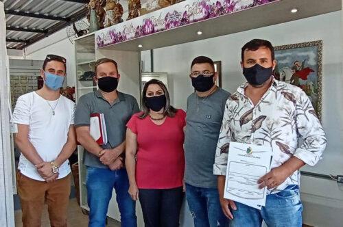 Vereadores fazem visita a empresas incentivadas pela administração municipal